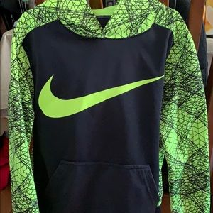 Boys Nike dri-fit medium hoodie